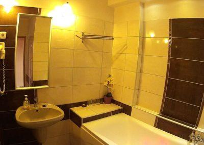 2 hálós superior fürdő- Eger