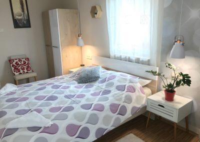 Panorámás, 2 hálószobás apartman, franciaágyas hálószoba